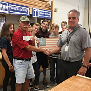 HMS Woodworking Projects Raise Funds for VFW